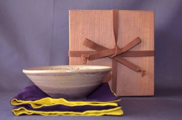 Photo1: Chawan with wave pattern, Karatsu pottery (1)